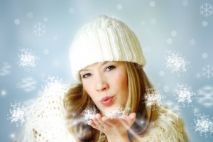Winter Kiss 300x200 Stock Photography – Are you on the Buyer's Schedule?