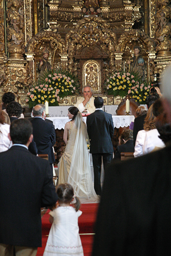 weddingchurch 8 More Essential Tips to Follow When Photographing Wedding Ceremonies